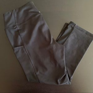 Reebok Black Pocket Capri Leggings
